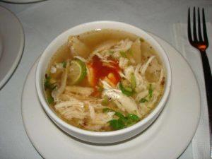 Пилешка супа по кубински